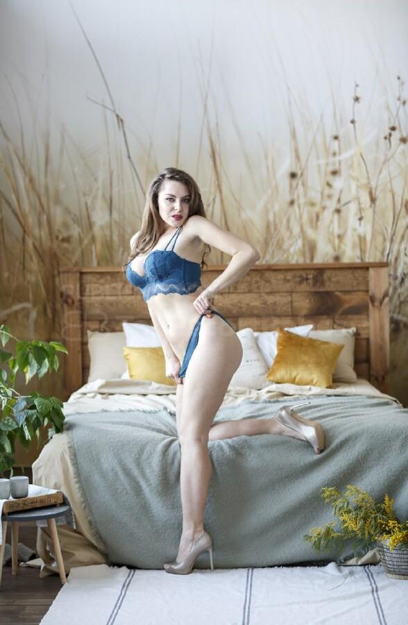 Pornstar escort agency match woman